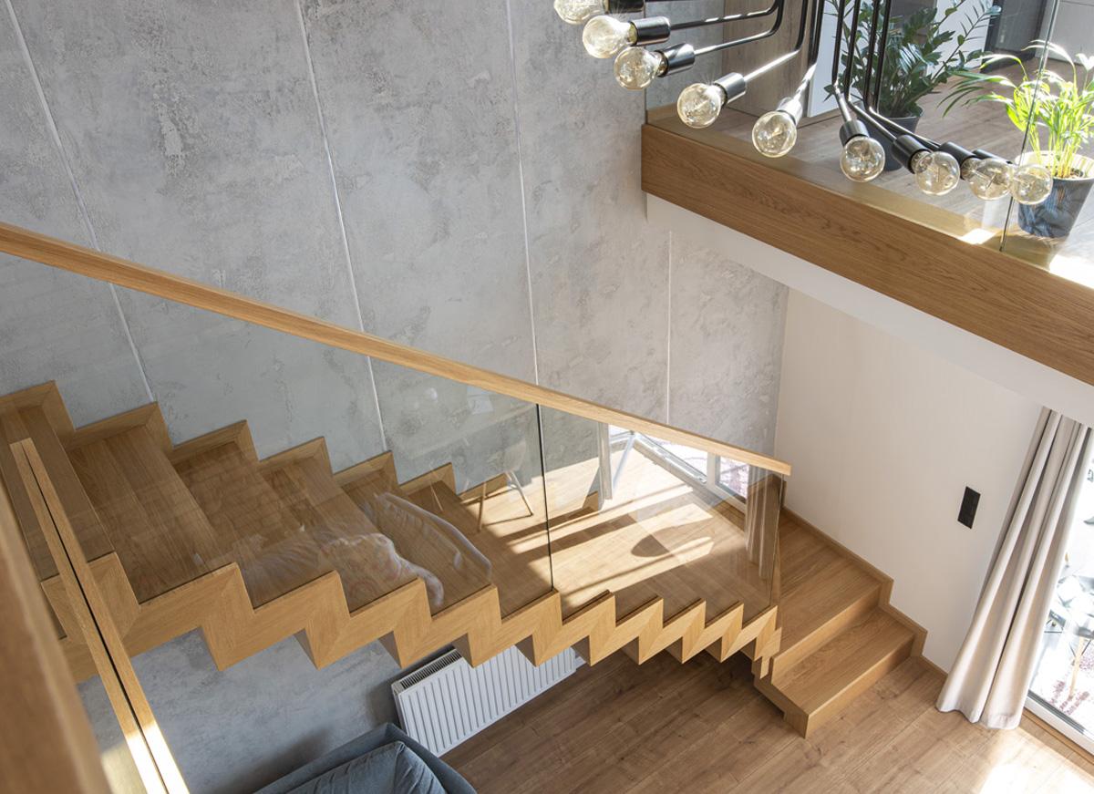 Schody drewniane Augustów - Producent schodów drewnianych Augustów